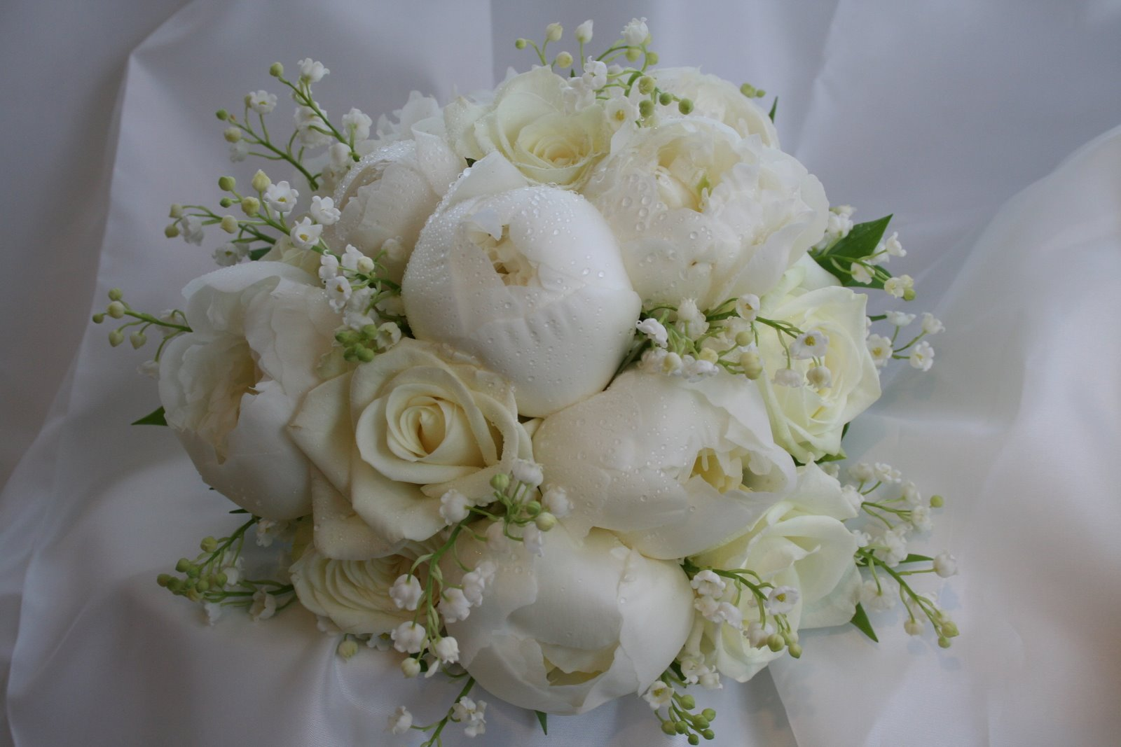 Floral inspiration winter white frilly pretty things