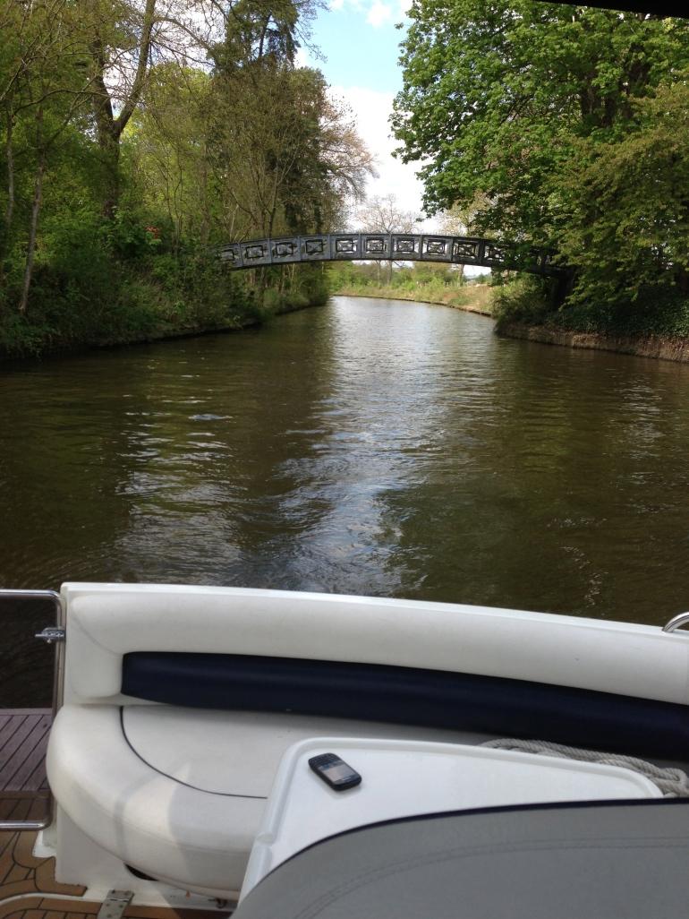 Boating thames