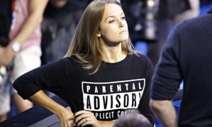 Kim Sears parental advisory top