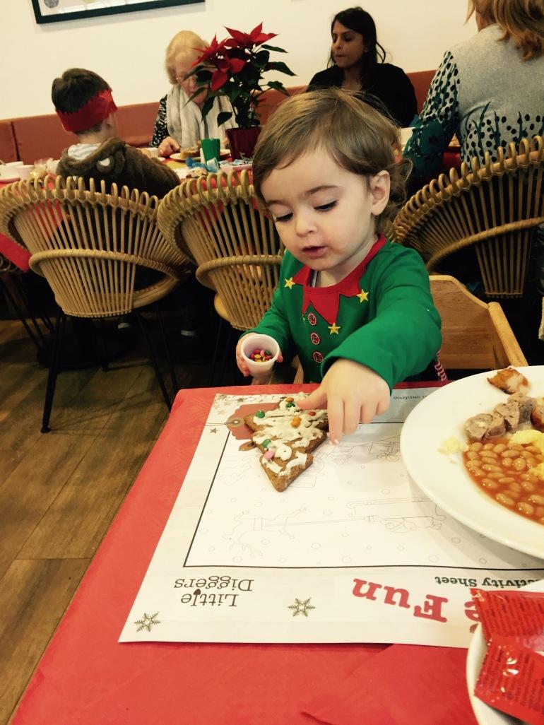 Wyevale breakfast with santa 9