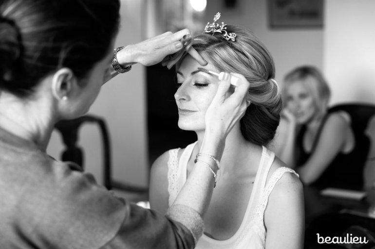 ali-at-work-makeup-12